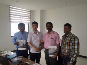 斯里蘭卡客戶在我們的辦公室與Mr.Tai討論技術