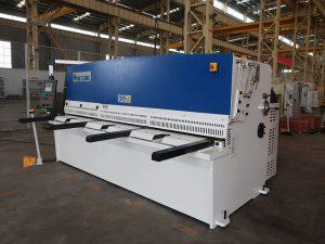 高切割精度QC12Y 4x2500鈑金剪板機鋼板液壓剪板機